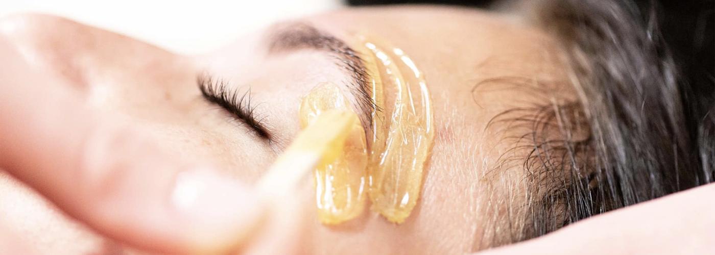 Sasi Skin Spa Eyebrows-Slide Services